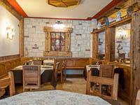 Sala ristorante addobbi natalizi