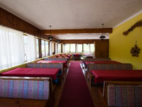 interno sala da pranzo baita valmaron 2