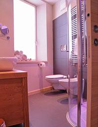 Bagno camera cuori