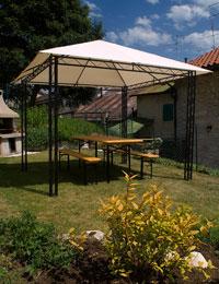 Der Pavillon im Garten zur Verfügung