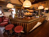 Die Bar des Hotel La Baitina