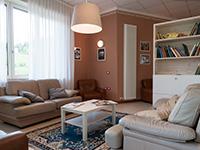 Accogliente salotto interno zeleghe