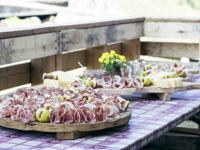 Köstlicher Fleisch- und Käseschnitt von Malga Serona