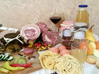 salumi pasta verdure vino