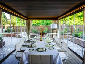 Mittag- und Abendessen auf den Veranden das ganze Jahr über im Sporthotel von asiago