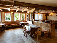 Tavoli sala pranzo laterale