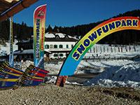 Campomulo snowfunpark parco giochi sulla neve facciata albergo