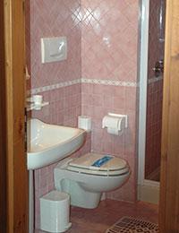 Sanitari bagno albergo
