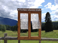 The window on the panorama of Malga Larici di Sotto