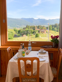 Table with panoramic views at the Restaurant Hotel Belvedere