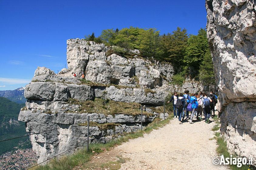 Monte cengio escursione luoghi grande guerra con guide for Asiago dove dormire