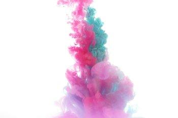 acqua colorata colore