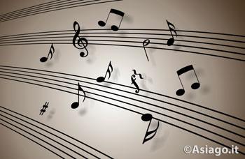 Serata di canti a Gallio
