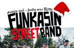 Musik und Unterhaltung in den Straßen von Gallium mit Funkasin Street Band-2 Januar 2018