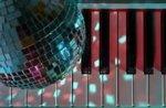 Tanzen mit dem herrlichen 2 in der 23. Juli 2016-Becken in Treschè