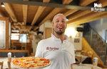 Pizza-Lieferservice für das Haus und zum Mitnehmen in der gesamten Gemeinde Roana aufgrund des Notfalls covid19 Coronavirus