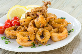 piatto di frittura di pesce