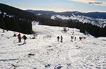 Schneeschuhwandern Sie am Mount Zhong zwischen Himmel und Erde mit den Führern