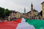 Vorführung des Videos, die während der Parade der weltweit längste Tricolor-Gallium, 13. August 2018