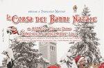 Den Ablauf der Weihnachtsmänner-Walk/Run für wohltätige Zwecke in Asiago-17. Dezember 2017