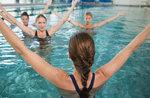 Neue Kurse und Aktivitäten im Wasser im Schwimmbad in der Residence Sporting in Asiago