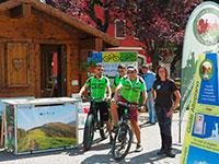 Neue Zusammenarbeit zwischen Ausflug Führer, Führer, Radfahren und Orientierungslauf