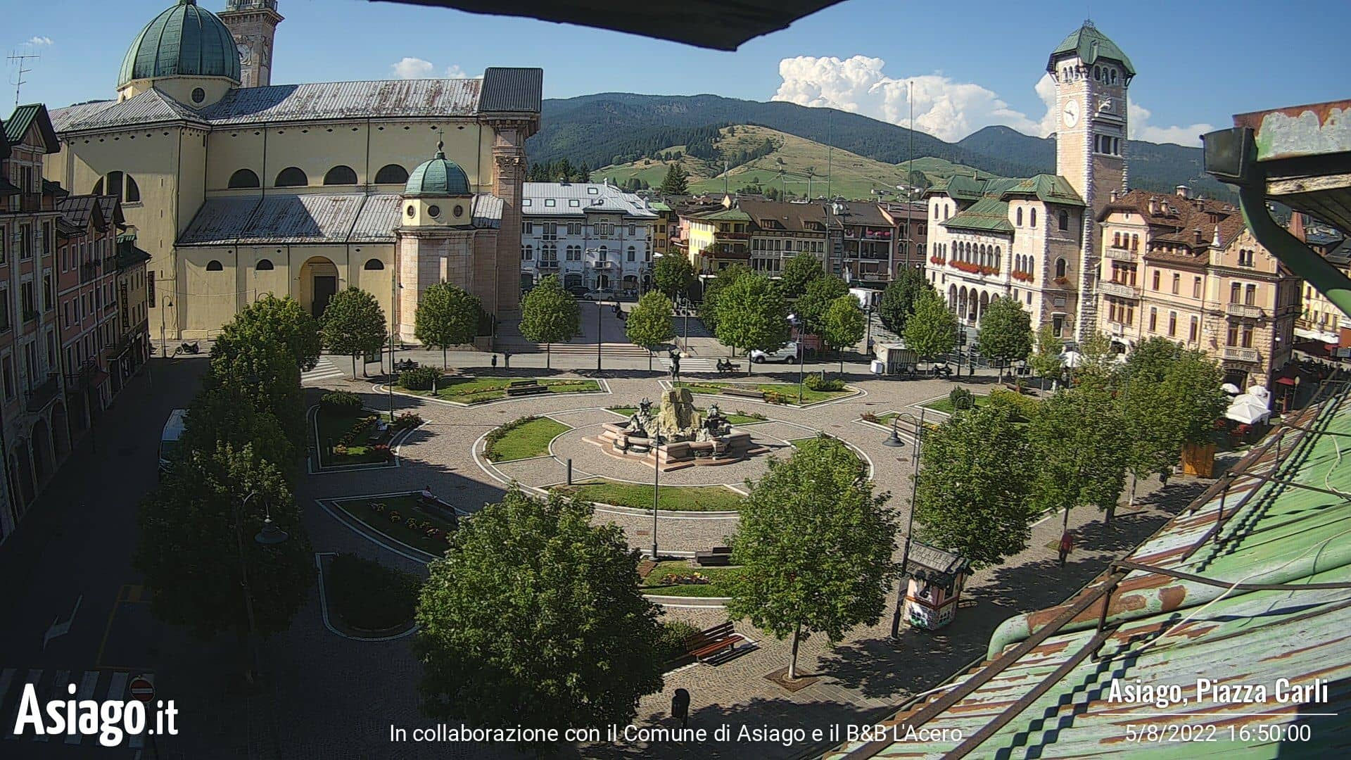 Live webcams on Piazza Carli ad Asiago