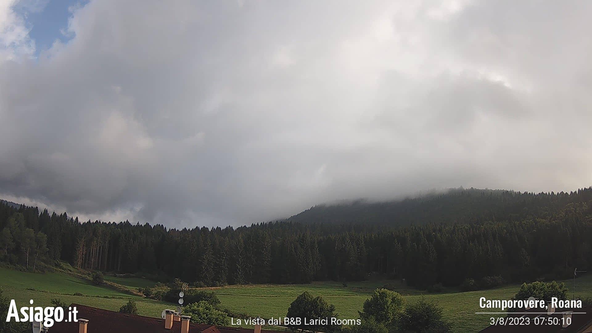 Webcam Live da Camporovere verso Forte Interrotto e Val Galmarara