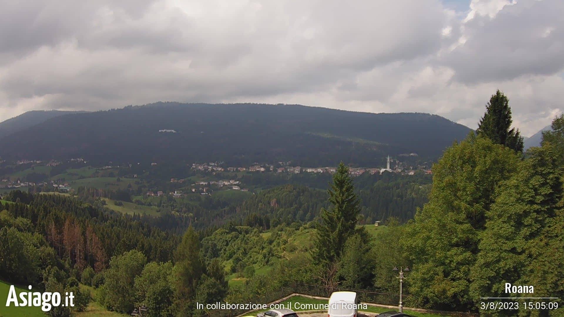 Webcam live su Roana dal Municipio del Comune di R