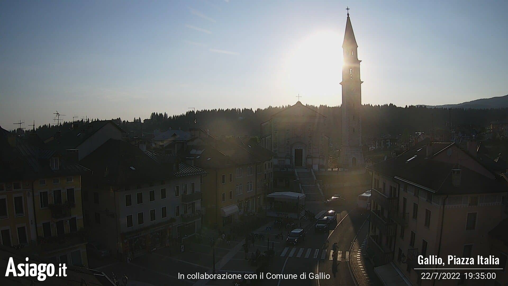 Asiago.It live webcams on the square of Gallio
