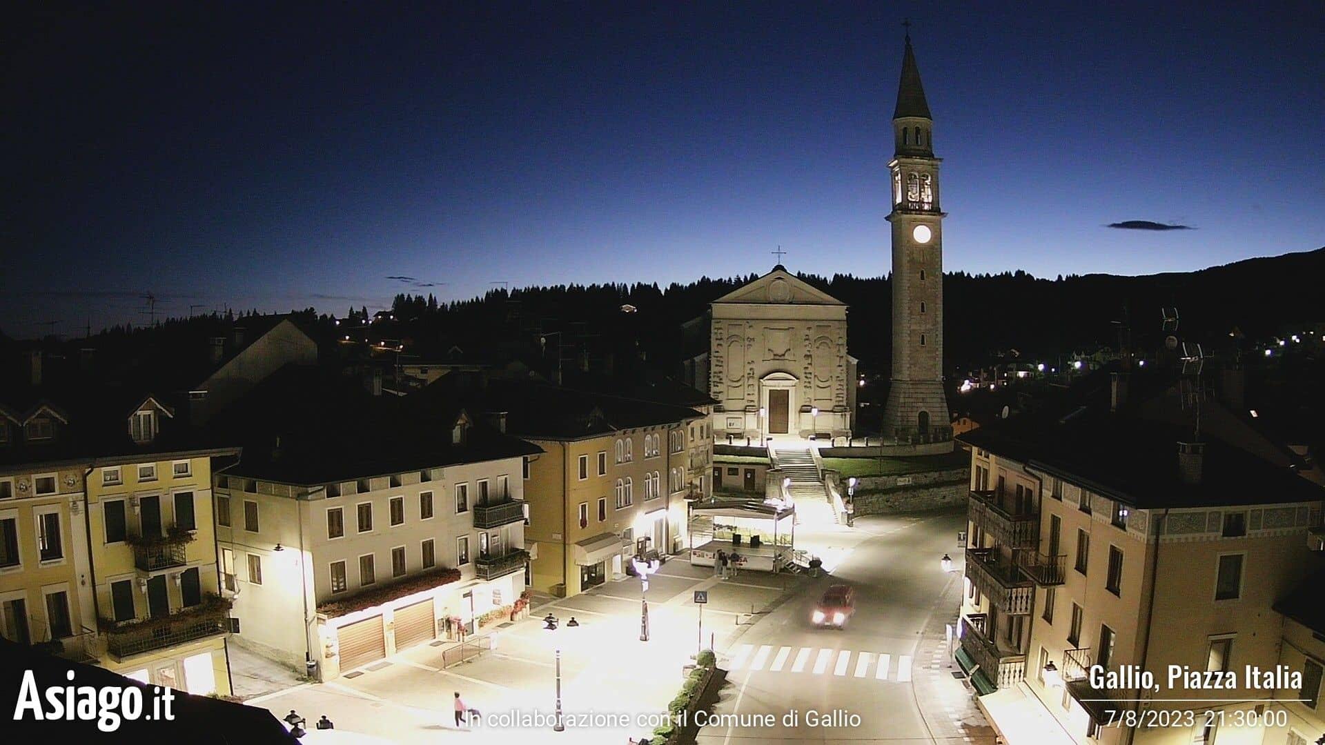 Webcam live su Piazza Italia a Gallio
