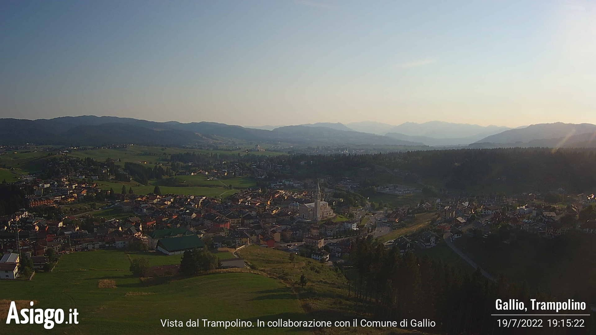 Webcam con vista dal Trampolino di Gallio