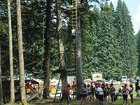 gruppo bambini scala agility forest baita prunno asiago