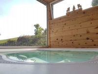 La vasca idromassaggio nella veranda