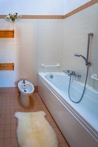 Appartamento 10 bagno portrait