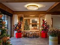 L'ingresso dell'hotel curato in ogni dettaglio, per una calda accoglienza