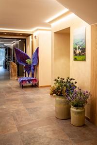 Ogni decorazione all'Asiago Sporting Hotel è scelta con stile