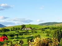 Panorama con il Golf Hotel Villa Bonomo