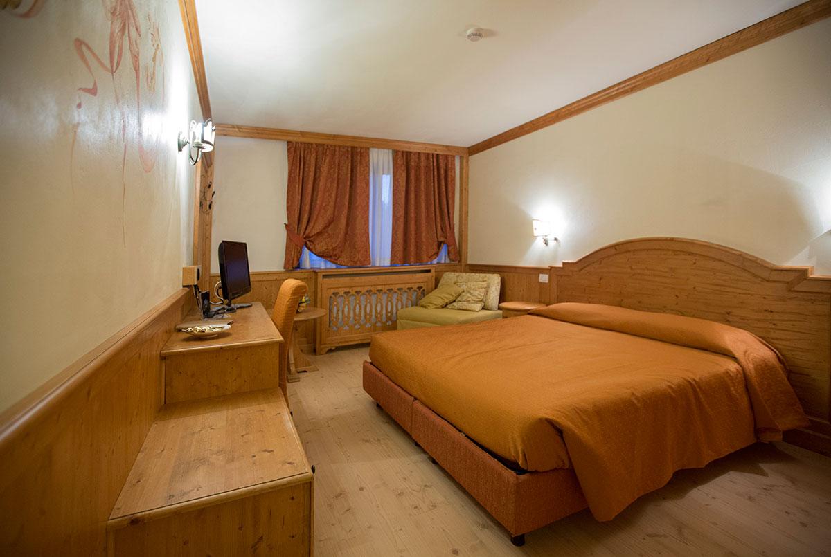 Hotel europa residence asiago foto e descrizione camere for Asiago residence