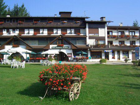 Asiago foto hotel miramonti tre stelle altopiano di for Spa ad asiago