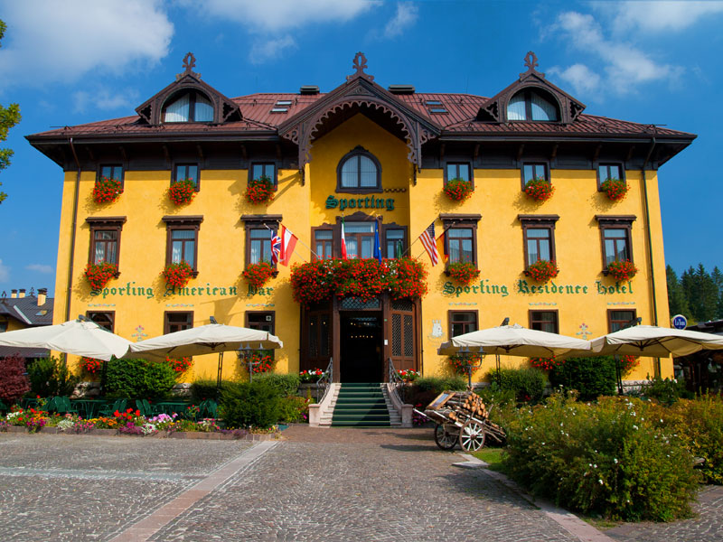 Asiago foto hotel sporting residence quattro stelle for Altopiano asiago hotel