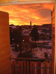 Il tramonto da una camera dell'hotel