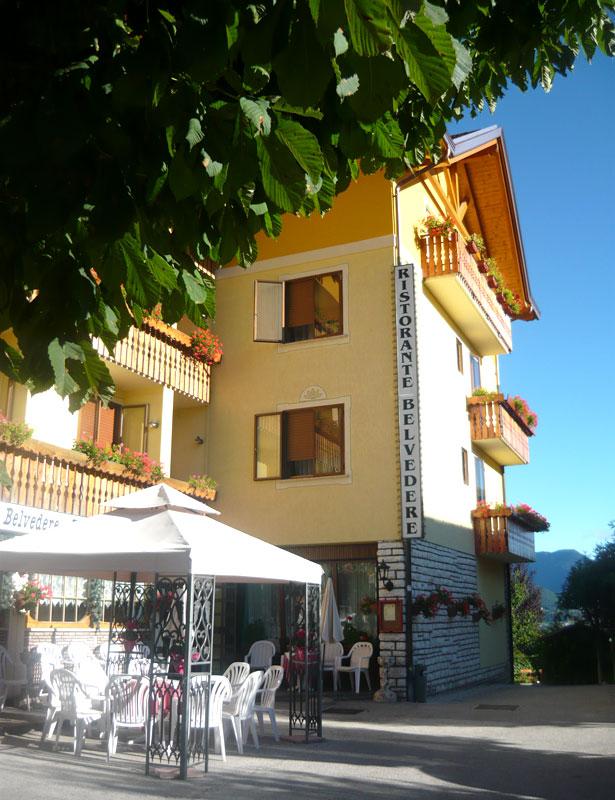 Cesuna foto hotel belvedere tre stelle altopiano di for Altopiano asiago hotel