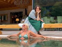 Momenti di relax in piscina