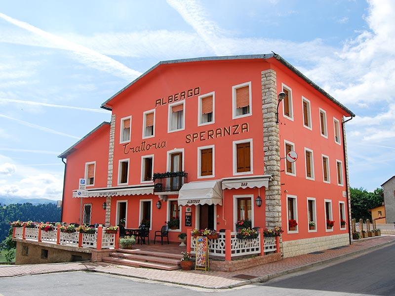 Albergo trattoria speranza hotel a due stelle a foza for Hotel asiago centro
