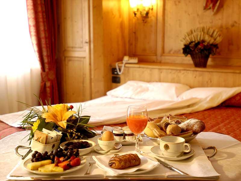Gallio foto gaarten hotelbenessere spa quattro stelle - Colazione al letto ...