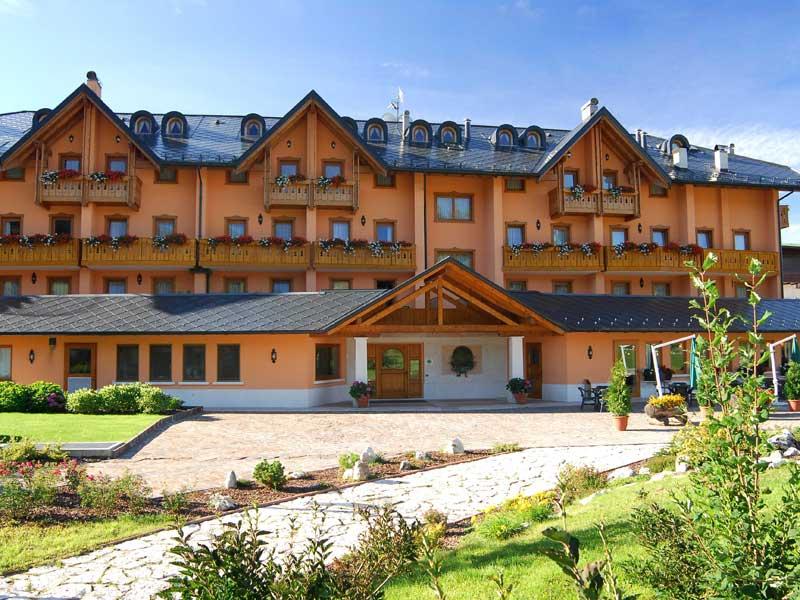 gaarten hotelbenessere spa hotel a quattro stelle