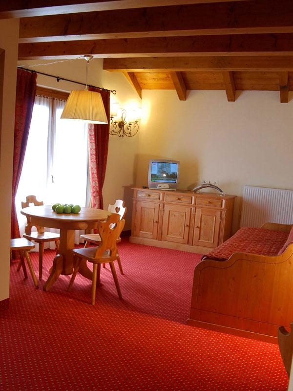 Gaarten hotelbenessere spa gallio foto e descrizione for Family hotel asiago