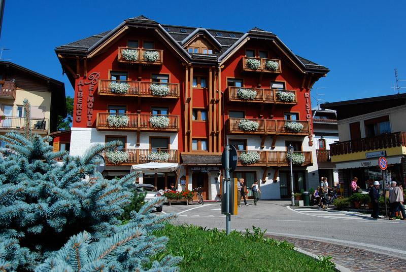 facciata hotel estate