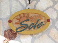 L'insegna dell'Hotel Col del Sole